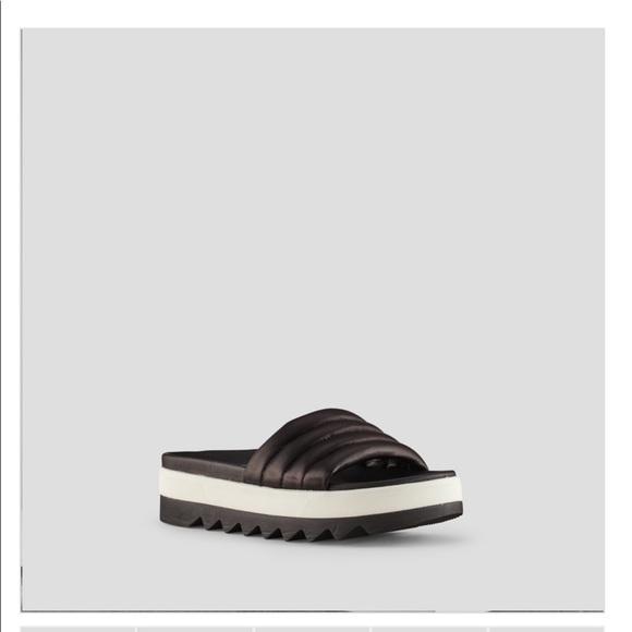 COUGAR Prato Leather Sandal
